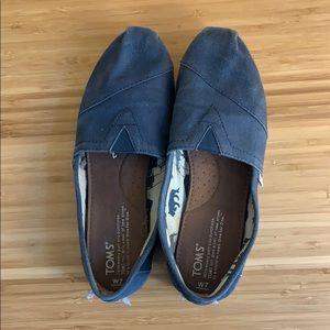 Toms navy shoes women's 7
